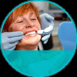 Implantes dentales granada